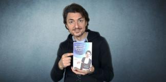 Presentazione del nuovo libro di Marco Capretti: ma come si riproducono i Puffi?