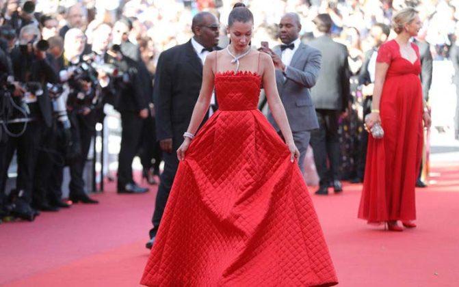 Bella Hadid a Cannes 2017