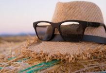 l'estate dei comici: poche vacanze e tanto lavoro